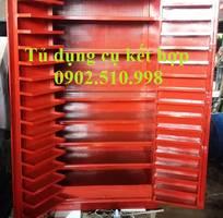 1 Tủ dụng cụ kết hợp với bảng treo chất lượng.