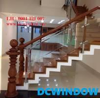 Lan can - cầu thang kính cường lực tại Đà Nẵng -DCWINDOW