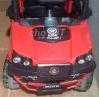 5 Minh cần bán 4 xe ôtô điện cho bé
