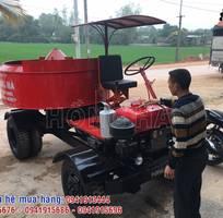 1 Khách hàng Thanh Hóa nhận bàn giao máy trộn bê tông tự hành 9 bao 1 cầu Hồng Hà