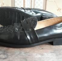 1 Giày lười da đan phối hiệu Loafers !