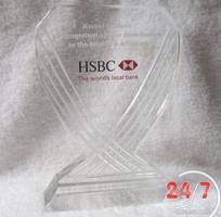 6 Công Ty Quà 247 chuyên cung cấp quà tặng pha lê Logo theo yêu cầu, giá rẻ ưu đãi
