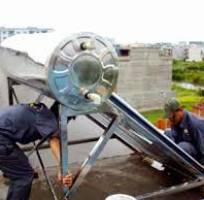 2 Sửa bình năng lượng mặt trời.