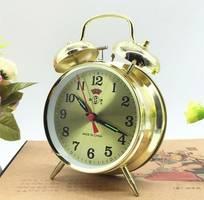 Đồng hồ báo thức, Đồng hồ cơ, đồng hồ để bàn , đồng hồ cổ điển