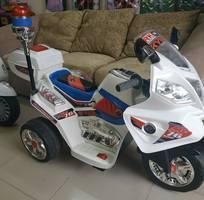 2 Xe moto điện cho bé yêu
