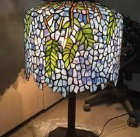 Đèn bàn Tiffany hoa đậu châu âu