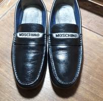 Giày lười da nam hiệu MOSCHINO !