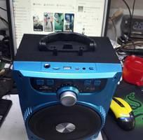 1 Loa Karaoke xách tay Kiomic P88 tặng kèm 1 micro