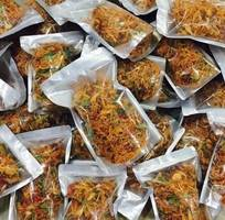 3 Bịch 500gr Khô gà rô ti sấy giòn với lá chanh, ớt thơm ngon hấp dẫn - Food by Mama