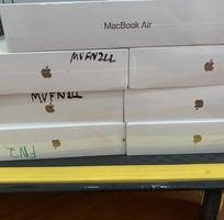 1 Macbook Air 2019 Gold chưa actjve