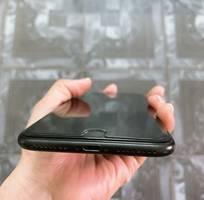 1 Cần bán lại máy iphone 7 plus 32G hàng nguyên rin chưa qua sửa chữa