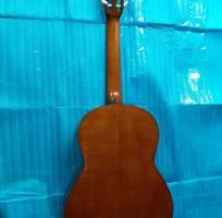 3 Bán Yamaha clasical guitar model C 80