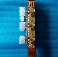 7 Bán Yamaha clasical guitar model C 80