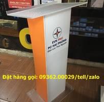 1 Có sẵn các loại bục phát biểu bằng mica tại Hà Nội