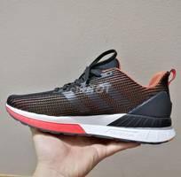 2 Giày adidas chính hãng
