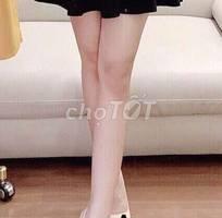 Chân váy xòe màu đen, vải cát nhật,  1 lớp