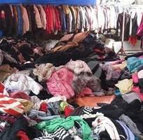 Thanh lý quần áo hàng thùng gấp