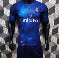 1  quần áo bóng đá real madrid dải ngân hà