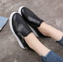 Giày thể thao nâng đế hình siêu xinh