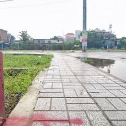 Kẹt tiền cần bán gấp nền đất sổ đỏ MT Dương Đình Cúc.