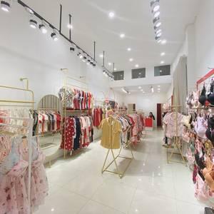Sang nhượng CH kinh doanh thời trang phố Kim Mã  ngã 4 Kim Mã-Núi Trúc  60m2, tháng 6 tính tiền nhà