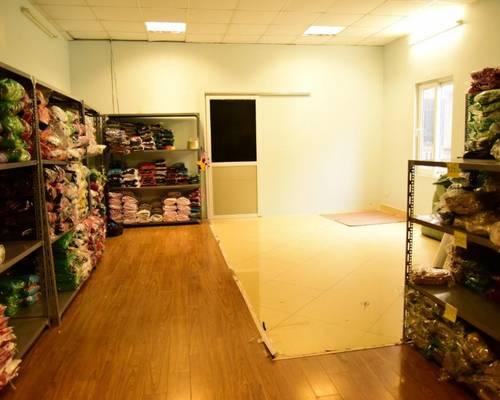 Cho thuê tầng 3, nhàmặt phố Hoàng Văn Thái, Thanh Xuân, DT 90m2 giá 7 triệu