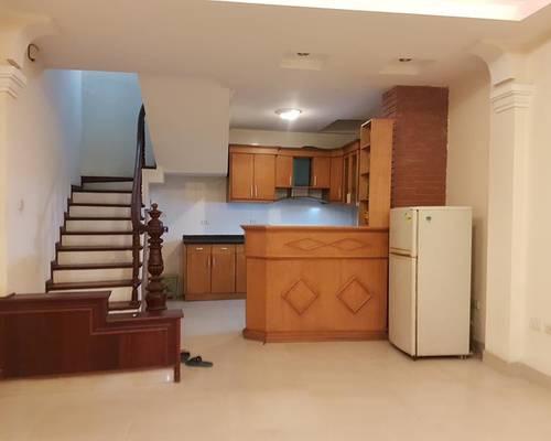 Cho thuê nhà riêng phố Minh Khai 35m2x5 tầng mới đẹp