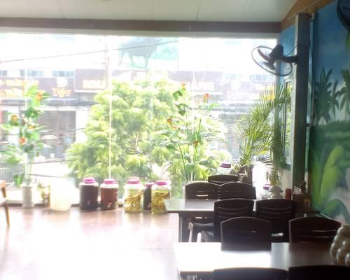 Sang nhượng nhà hàng ăn uống đặc sản 70 m2 x 2 tầng mặt tiền 6 m Q.Hà Đông HN