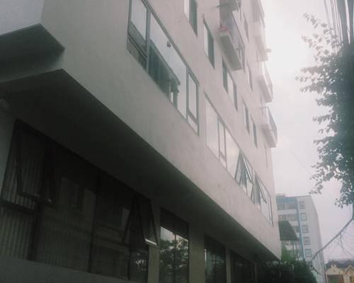 Cần cho thuê văn phòng 60m2 gần Ngã Tư Sở