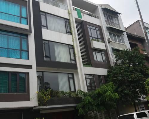 Nhà ngõ 24 Phan Văn Trường. DT-72m2 xây 5 tầng, đường 6m, làm văn phòng, lớp dậy