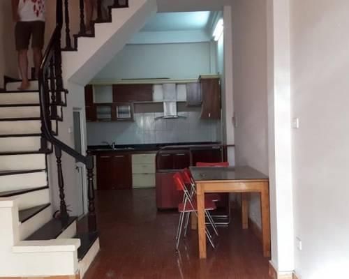 Cho thuê nhà mặt tiền Lê Đại Hành khu văn phòng gần Trần hưng Đạo 10tr/th