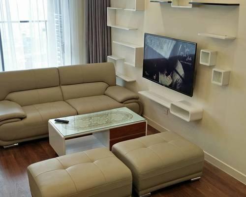 Cho thuê căn hộ 2 phòng ngủ, dt 80m2 tại Gold mark City, Hồ Tùng Mậu, chỉ 10tr/tháng