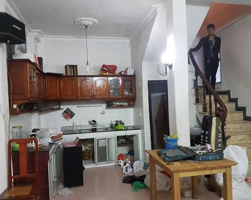 Cho thuê nhà riêng phố Hồng Mai - Bạch Mai 35m2x3,5t 2pn sàn gỗ