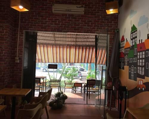 Chuyển nhượng quán cafe tại kiot số 10, nơ 8 Bán Đảo LInh Đàm