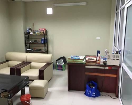 Văn phòng trọn gói 20m2 Trần Thái Tông 5 triệu/ tháng