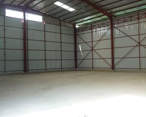 Cho thuê kho xưởng ở đường 32 nhôn, 371 m2, mặt tiền 15 m,oto đỗ cửa