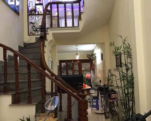 Nhà ngõ 35 Phạm Tuấn Tài, 55m2 x 5T, Nhà đẹp, đồ cơ bản, đường rộng 6m