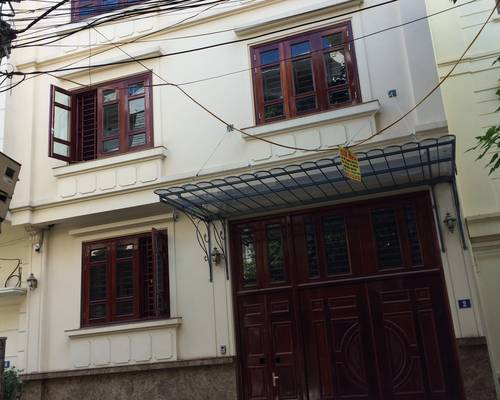 Biệt thự ngõ 61 hoàng cầu cho thuê diện tích 120m2 x 5 tầng mặt tiền 7,5m và nhà phố xã đàn