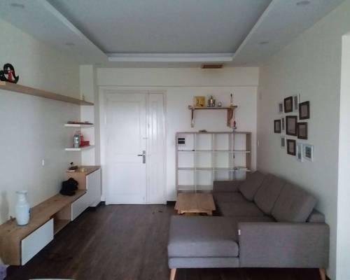 Cho thuê chung cư K1 Việt Hưng 80m2, nội thất mới, 2 ban công, 3 điều hòa, 2 PN, 1 WC