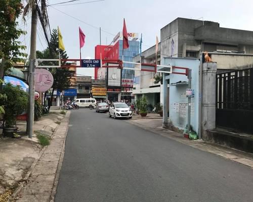 Cho thuê nhà nguyên ăn làm công ty - Vị trí 2 Phạm Văn Thuận