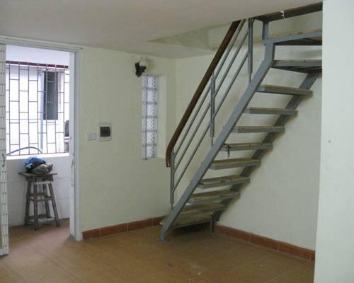 Cho thuê căn hộ để ở, số nhà 4B phố Đường Thành, quận Hoàn Kiếm, Hà Nội