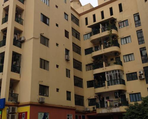 Chính chủ cho thuê căn hộ 2 phòng ngủ 2 mặt phố view hồ bơi, 6 tr500 phòng 715 nhà B4 Làng quốc