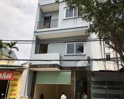 Cho thuê nhà mới xây 4 tầng 400 m2, mặt tiền 6m, Phố Lộc Xuân ĐỈnh   Cách Công viên Hòa Bình 200m