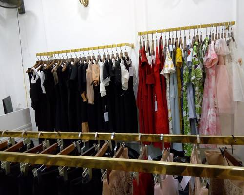 Sang nhượng cửa hàng quần áo thời trang DT 20 m2 MT 4,5 m Phố thời trang Lê Lợi Q.Hà Đông Hà Nội