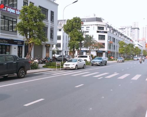 Cho thuê shophouse Vinhomes Gardenia mặt đường Hàm Nghi, diện tích 90m2 x 4,5 tầng, MT 6m