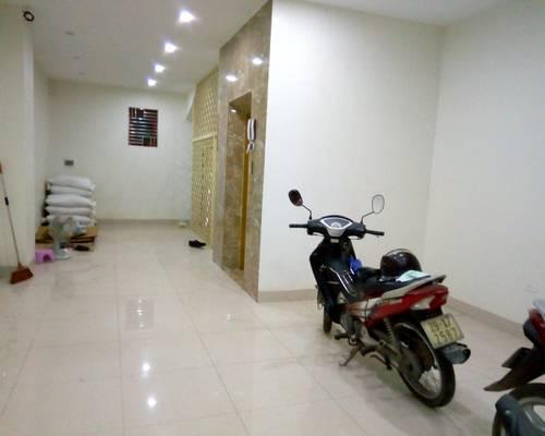 Cho thuê cửa hàng DT 50 m2 mặt tiền 5 m Phố Xa La Q.Hà Đông Hà Nội