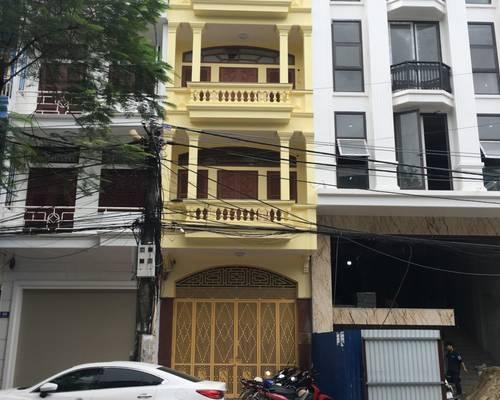 Cho thuê nhà MP Lương Khánh Thiện, MT: 4m, DT 50m2, 3 tầng, giá 15tr/th tiện kinh doanh