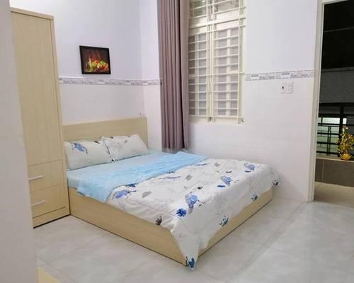 Căn phòng full nội thất - hành lang ban công siêu thoáng mát - khu nhà an ninh - quận Tân Bình