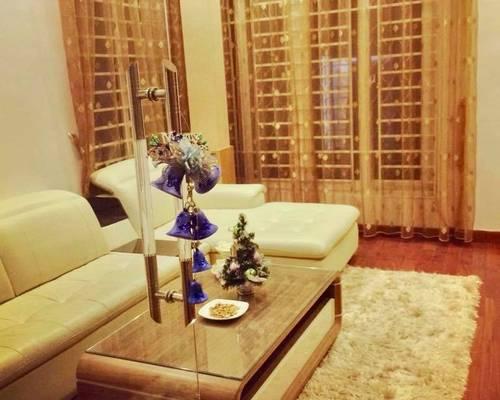 Cho thuê nhà phố Thái Hà 80m2, 5 tầng rất đẹp
