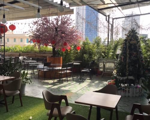 Nhượng quán cafe sân thượng 400m2 mặt Thái Hà